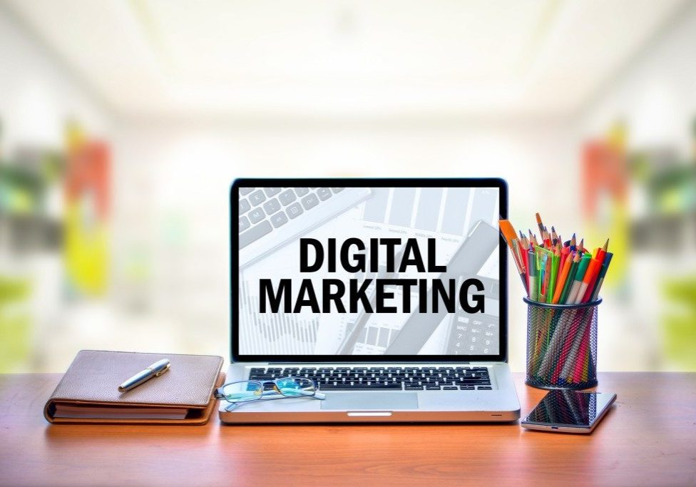 digital marketing on laptop